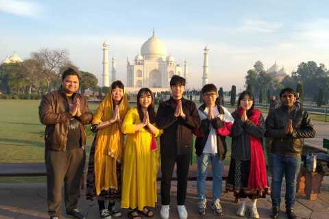 Delhi: Sunrise Taj Mahal e Agra Fort Group Tour