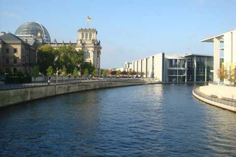 Berlin: Water, River Cruise and Walking Tour