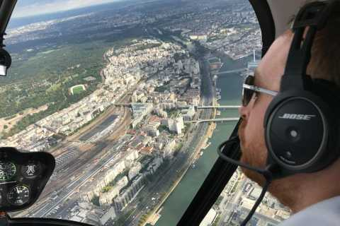 Paris: 1-Hour Helicopter Tour