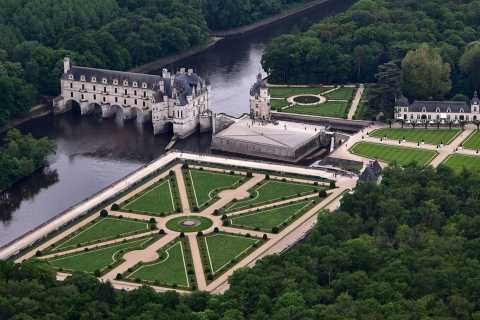 Paris: Private Guided Flight Tour