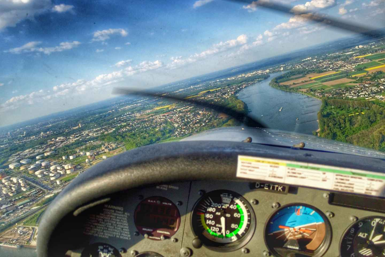 Köln: 1-stündiger, privater Sightseeing-Flug