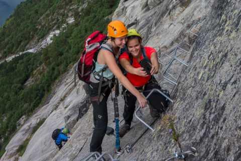 Odda: Full-Day Trolltunga Biking, Hiking, and Climbing Tour