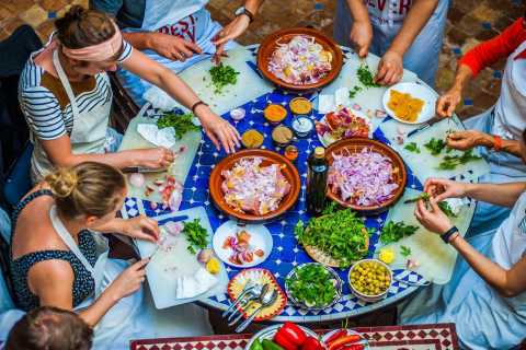 Fez: Private Moroccan Cooking Class with Local Master Chef