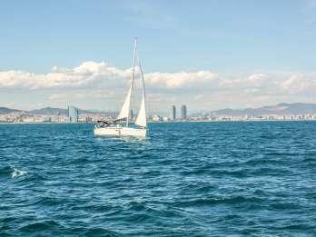 Barcelona: Bootsfahrt mit Nachmittags-Merienda ab Port Vell