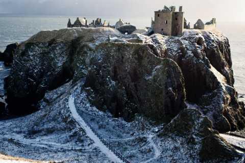 Depuis Édimbourg: visite des châteaux de Glamis et Dunnottar en italien