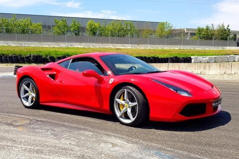 Mailand: Testfahrt mit einem Ferrari 488 auf einer Rennstrec