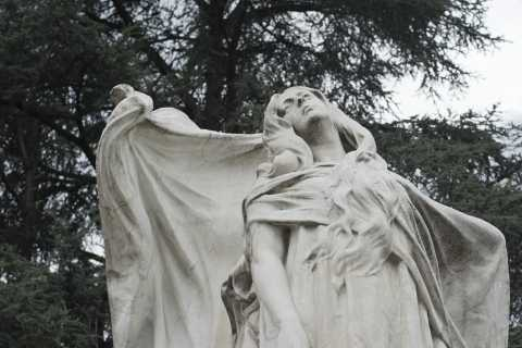 Turin: Monumental Cemetery Guided Tour