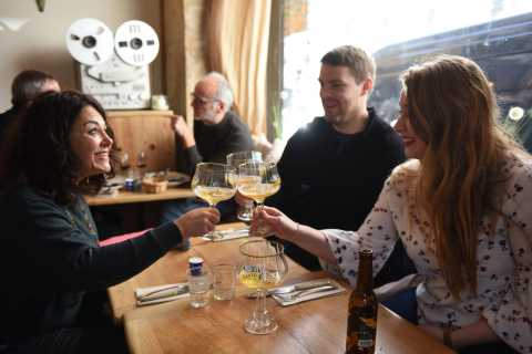 Paris: Small-Group 3-Hour Walking Food Tour in South Pigalle