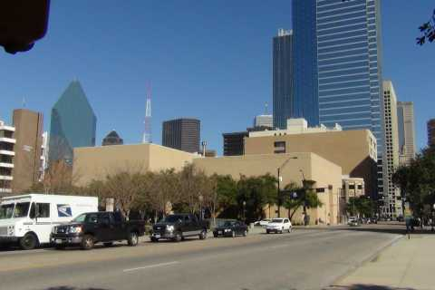 Dallas: 75-Minute Small-Group City Highlights Tour