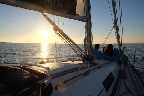 Lisbon: 2-Hour Relaxing Sailboat Cruise