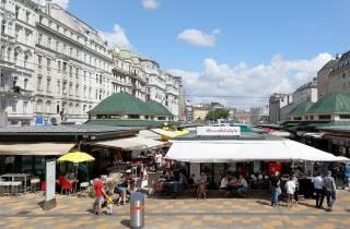 Wien: Naschmarkt-Führung mit Verkostungen