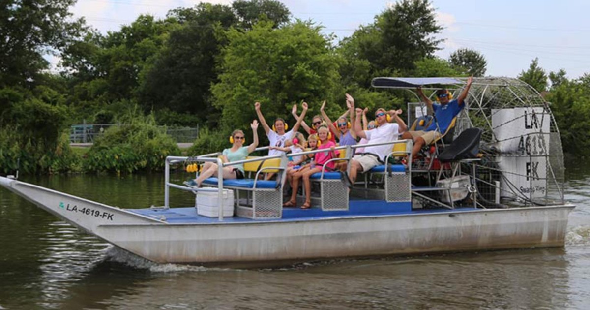 New Orleans: High Speed 16 Passenger Airboat Ride - New Orleans, United  States | GetYourGuide