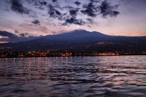 Catania: escursione in barca ad Aci Trezza con pranzo