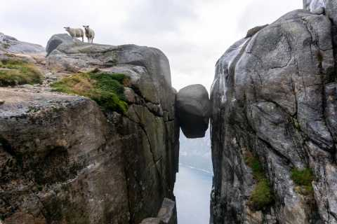 Kjerag: Guided Autumn Hike