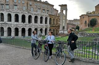 Rom bei Nacht: E-Bike-Tour in kleiner Gruppe