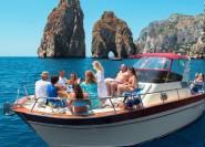Sorrent: Küste & Capri Kleingruppentour mit Schwimmen
