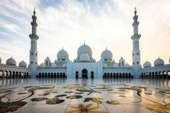 Do Porto de Abu Dhabi: City tour de meio dia em Abu Dhabi