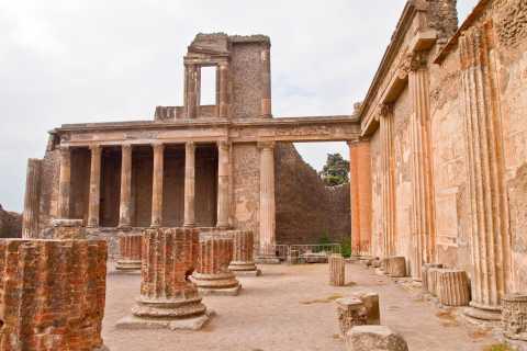 From Rome: Day Trip to Pompeii & Sorrento
