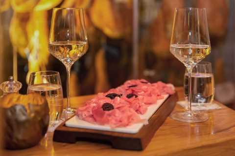 Vienna: Gourmet Food Tastings Tour