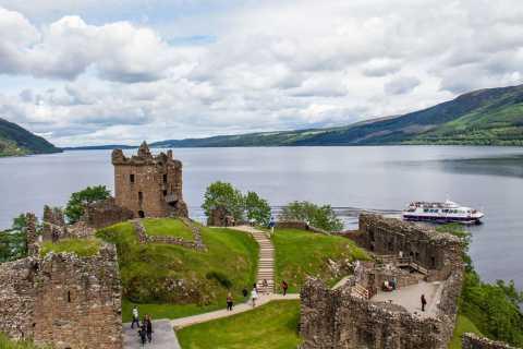 Da Edimburgo: tour del Loch Ness e del castello di Urquhart in spagnolo