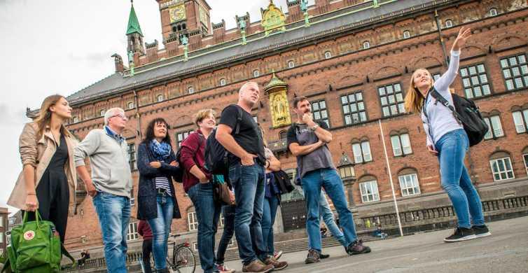 Paseo del casco antiguo de Copenhague
