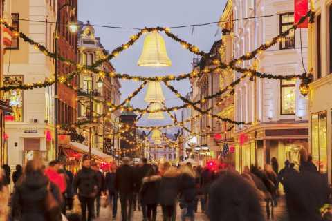 Oslo: Christmas Spirit Private Walking Tour