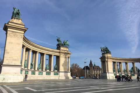 Budapest: Private Full-Day Walking Tour
