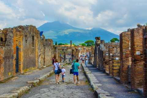 Pompeii & Naples Private Full-Day Tour from Rome