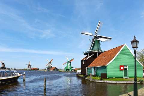 Amsterdam: Half-Day Zaanse Schans Tour and One Attraction
