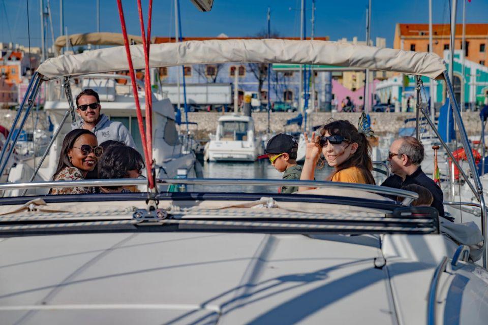Lisbon: Private Tagus River Yacht Tour