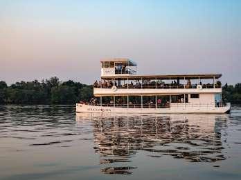Livingstone: Sonnenuntergangs-Bootstour auf dem Sambesi