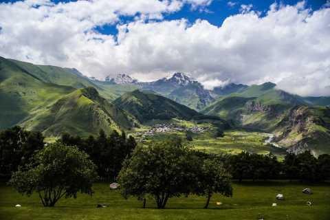 Private Full Day Tour In Kazbegi Ananuri Gudauri Jinvali