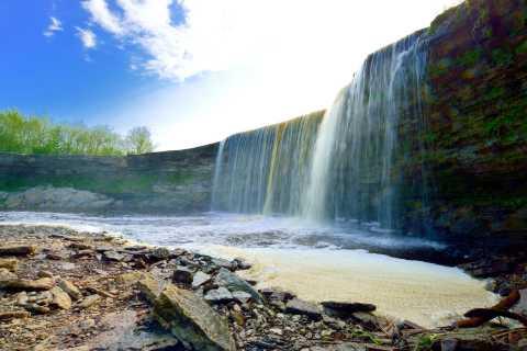 Tallinn: Old Town Walking Tour and Jägala Waterfall