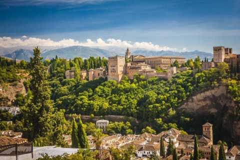 Granada: Alhambra & Palace of Charles V Tour