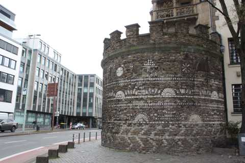 Cologne: Search for Historical Traces of the Romans