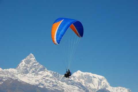 Pokhara: 30-Minute Tandem Paraglide