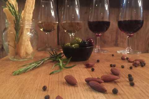 Spalato: 3,5 -La degustazione di vino e cibo con tour a piedi