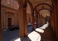 Von Rom: Geführte Tagesreise nach Bologna