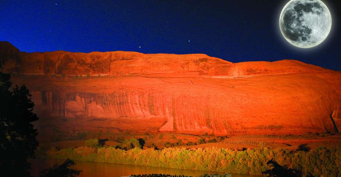 Moab: Sound and Light Show with Dinner