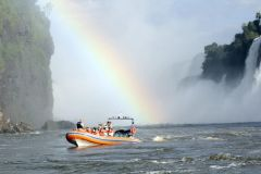 Safári de Barco no Macuco e Cataratas de Foz do Iguaçu