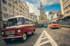 Varsóvia: excursão de comunismo de 3 horas em uma van socialista original