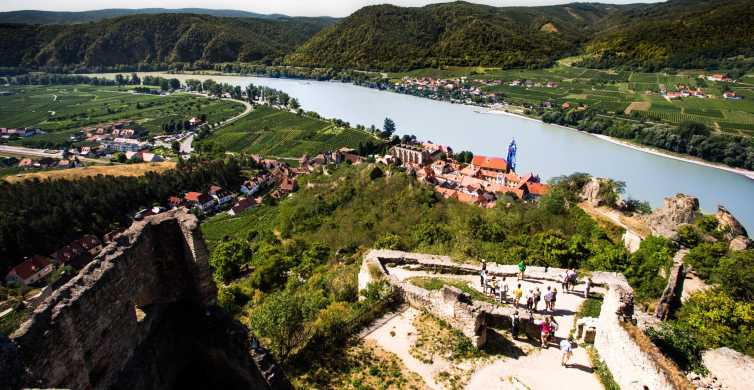 Wachau Valley Day Tour with Wine Tasting