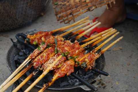 Hoi An: Unique Street Food Tour