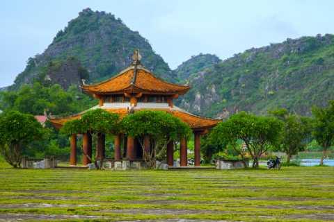 Ganztägige Tam Coc und Hoa Lu Tour von Hanoi aus