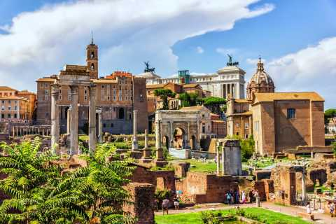 Hop On & Hop Off Bus With Skip the Line Ancient Rome Tour