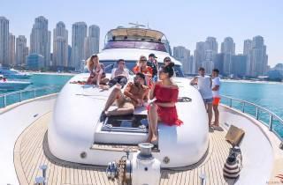 Dubai: Geteilte Kreuzfahrt mit Luxusyacht mit Frühstück