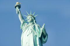 Estátua da Liberdade e Ilha Ellis c/ Excursão Antes da Barca