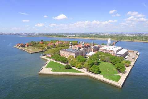 NYC: Freiheitsstatue, Ellis Island & Tour vor Überfahrt