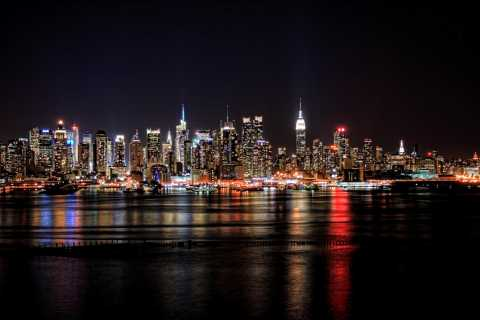 New York City: Night Skyline 4-Hour Bus Tour from Manhattan