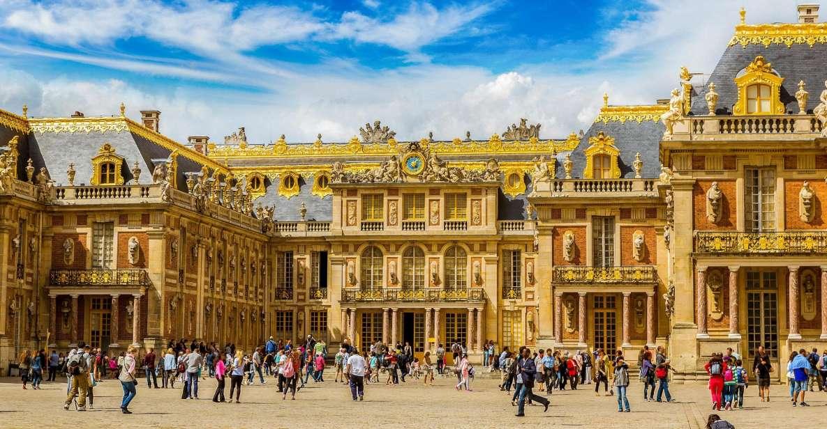 Première rencontre entre Macron et Poutine au château de Versailles